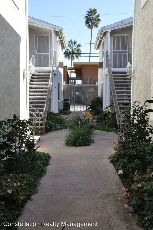 2 Bedrooms 1 Bathroom Apartment for rent at 3735 & 3745 Pershing Ave in San Diego, CA