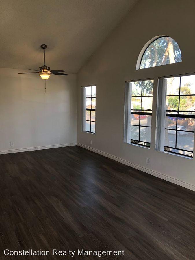 2 Bedrooms 1 Bathroom Apartment for rent at 3101 Juniper St in San Diego, CA