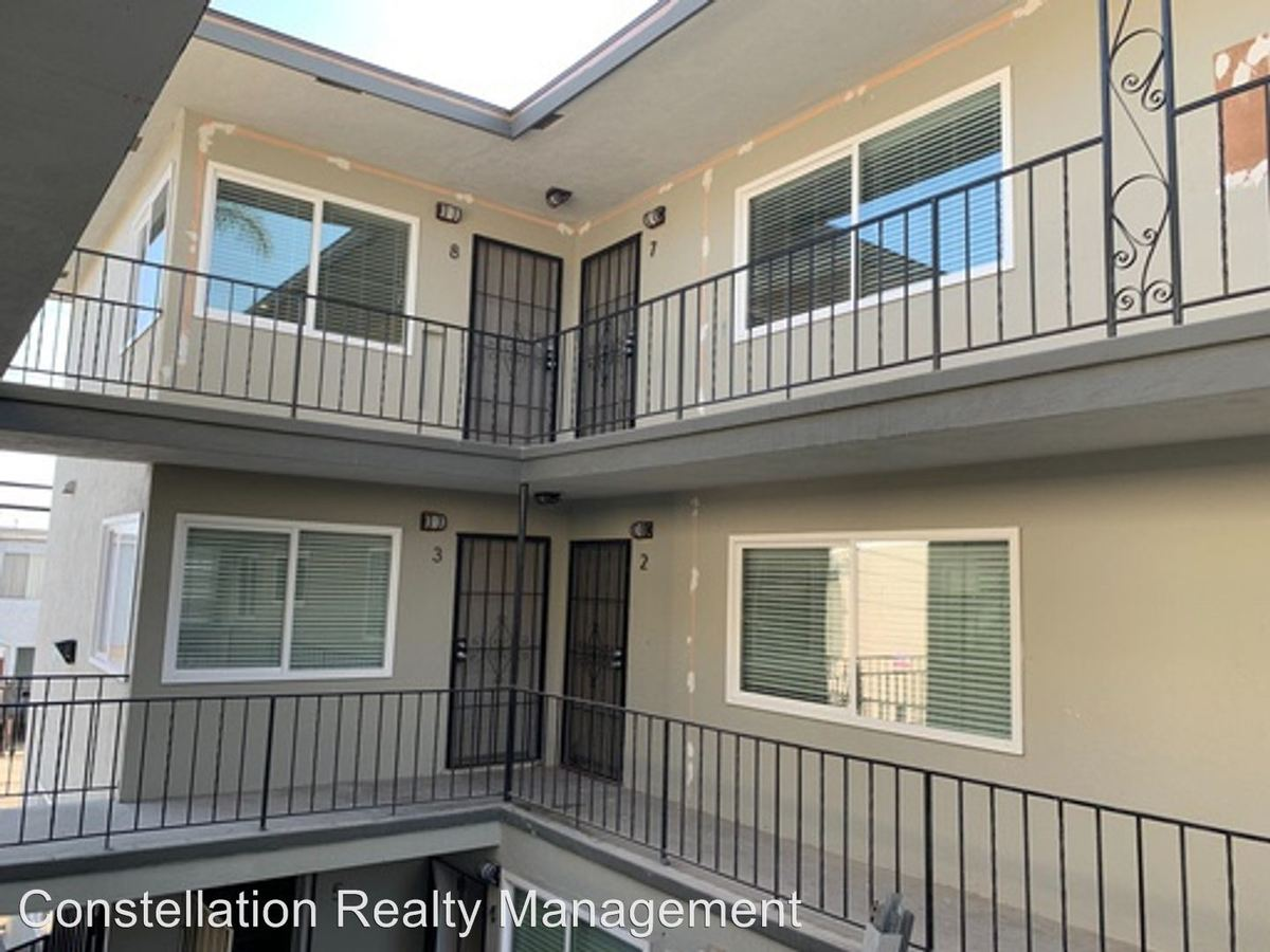 2 Bedrooms 1 Bathroom Apartment for rent at 4153-4159 Euclid Ave in San Diego, CA