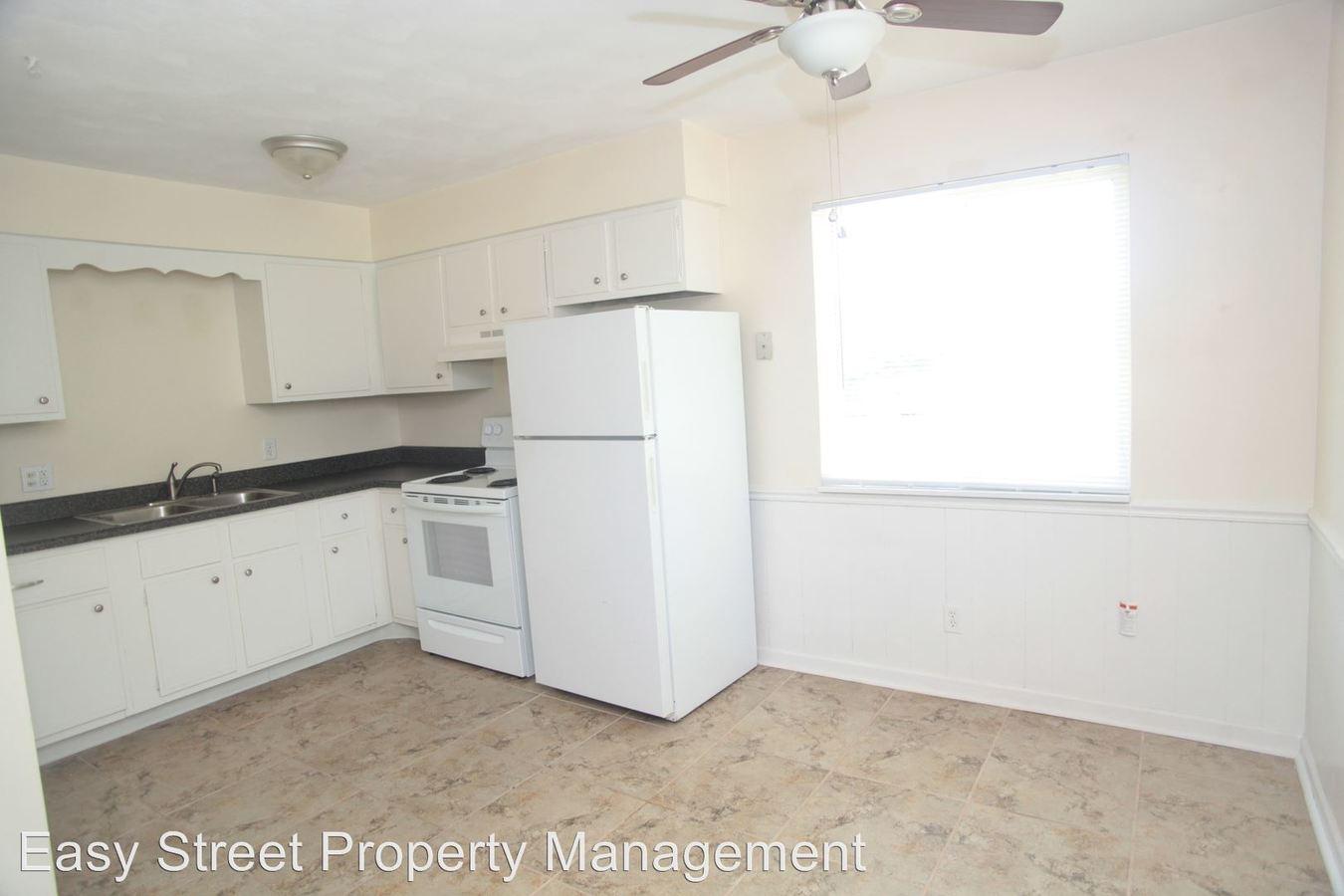 2 Bedrooms 1 Bathroom Apartment for rent at 728 W Donahue in Eldridge, IA