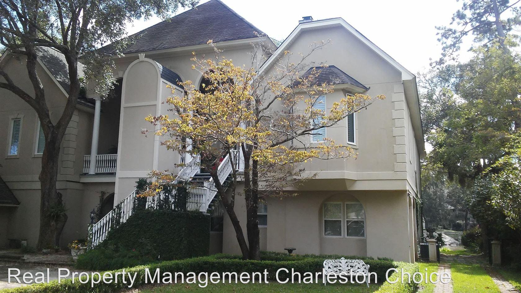 Similar Apartment at 1323 S Edgewater Drive