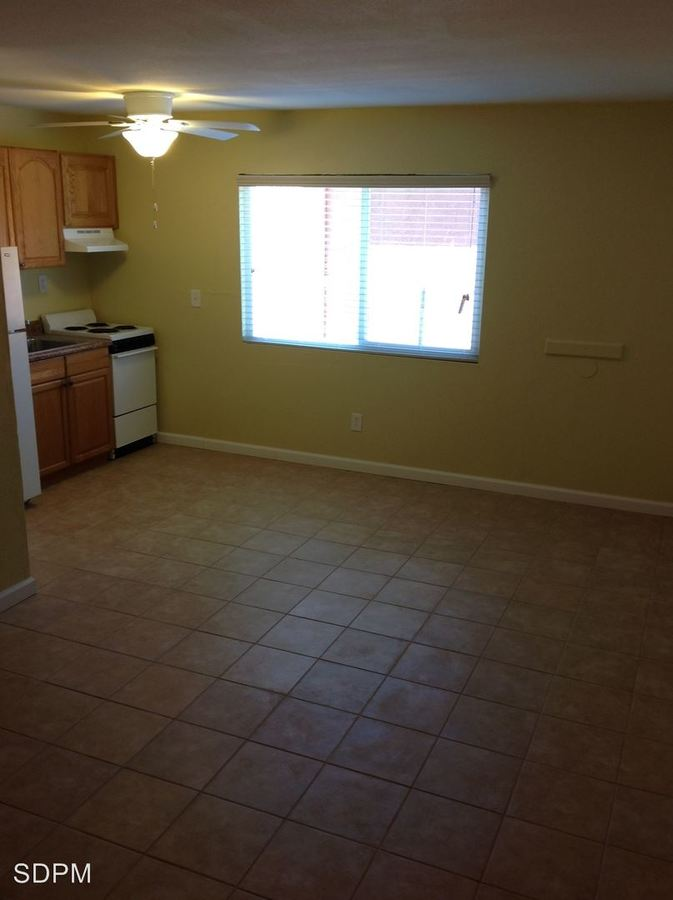 Studio 1 Bathroom Apartment for rent at 2944 F St in San Diego, CA