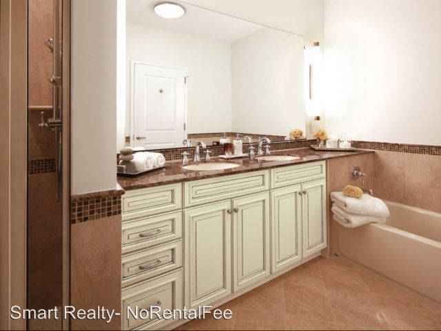 2 Bedrooms 2 Bathrooms Apartment for rent at 238 Old River Road in Edgewater, NJ