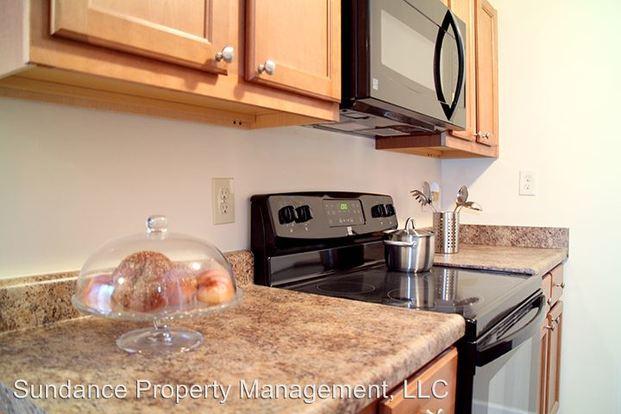 1 Bedroom 1 Bathroom Apartment for rent at 5653-5659 Beechmont Ave in Cincinnati, OH