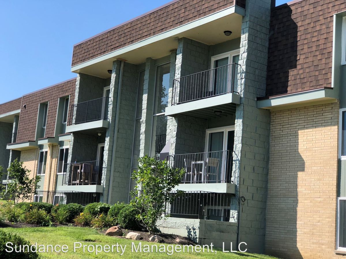 2 Bedrooms 2 Bathrooms Apartment for rent at 1308 Camphill Way #13 in West Carrollton, OH