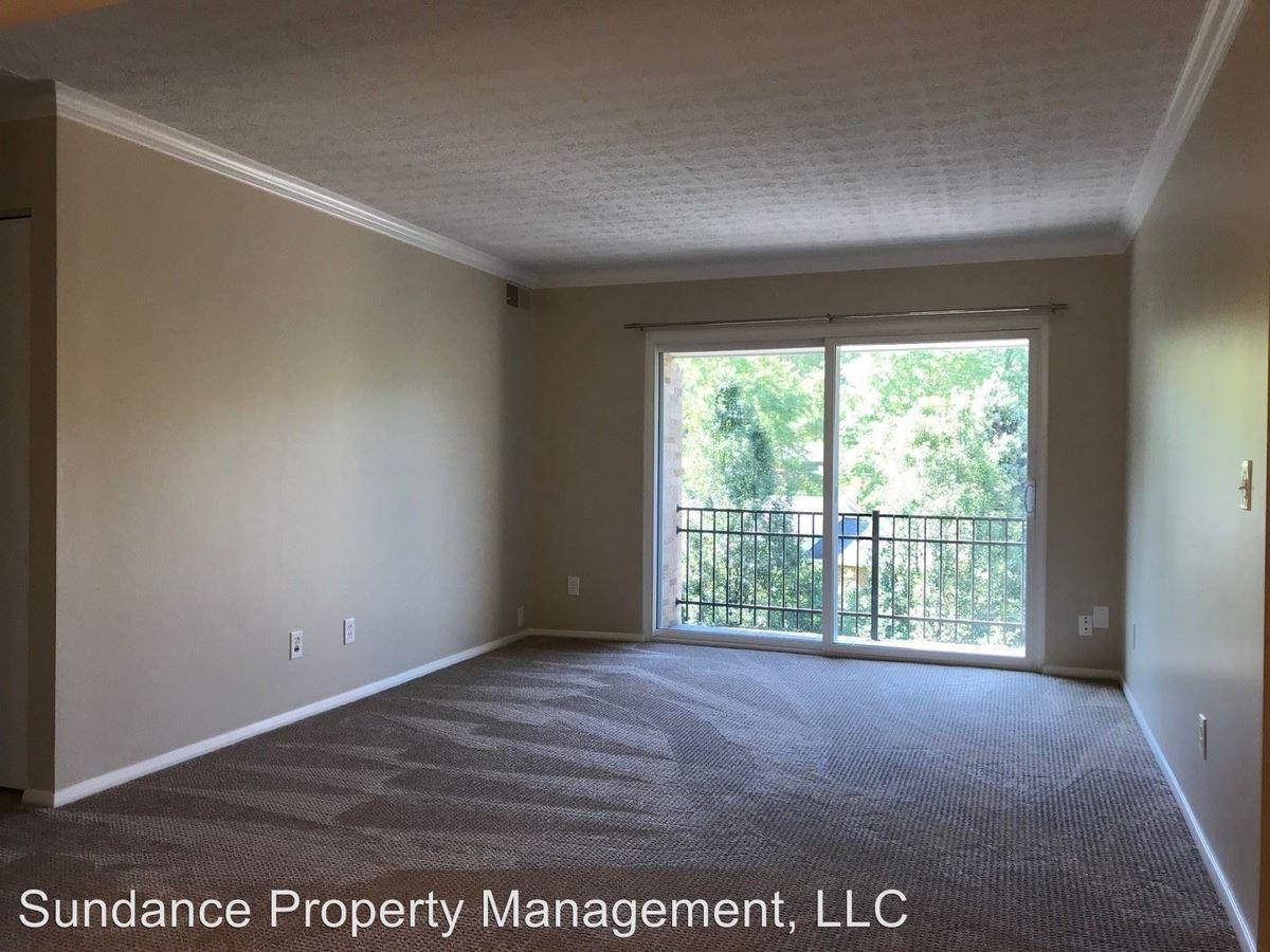 Studio 1 Bathroom Apartment for rent at 2903 Linwood Avenue in Cincinnati, OH