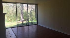 Similar Apartment at 9 Sycamore Ct.