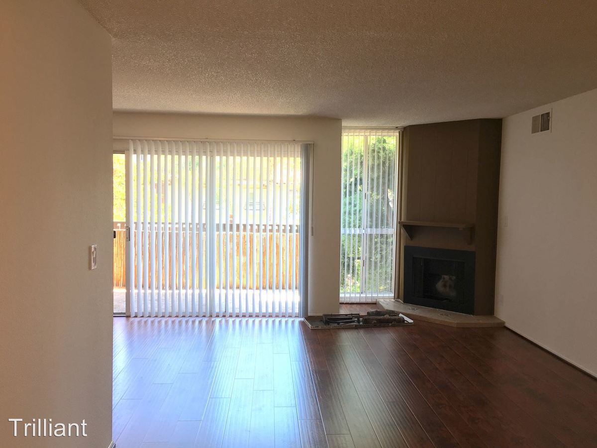 2 Bedrooms 2 Bathrooms Apartment for rent at 215 S Madison Avenue in Pasadena, CA
