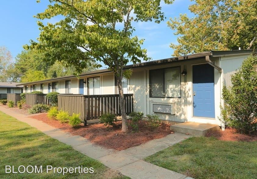 1 Bedroom 1 Bathroom Apartment for rent at 100 Woodcliff Dr in Lilburn, GA