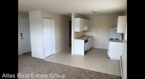 Similar Apartment at 3600 S. Lowell Boulevard 204 N