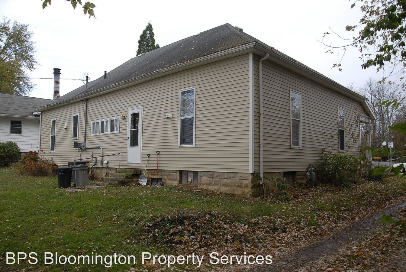 4 Bedrooms 1 Bathroom Apartment for rent at 614 S Lincoln St in Bloomington, IN