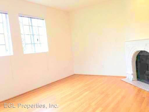 2 Bedrooms 1 Bathroom Apartment for rent at 1460 Mansfield, Llc 1460 N. Mansfield Avenue in Los Angeles, CA