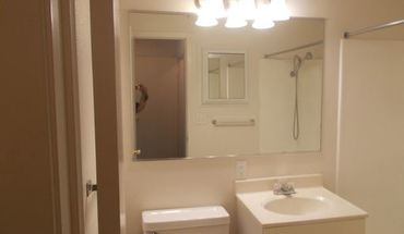 405 W Donald St Apartment for rent in Waterloo, IA