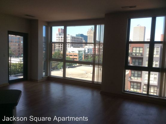 1 Bedroom 1 Bathroom Apartment for rent at 159 N. Jackson Street in Milwaukee, WI
