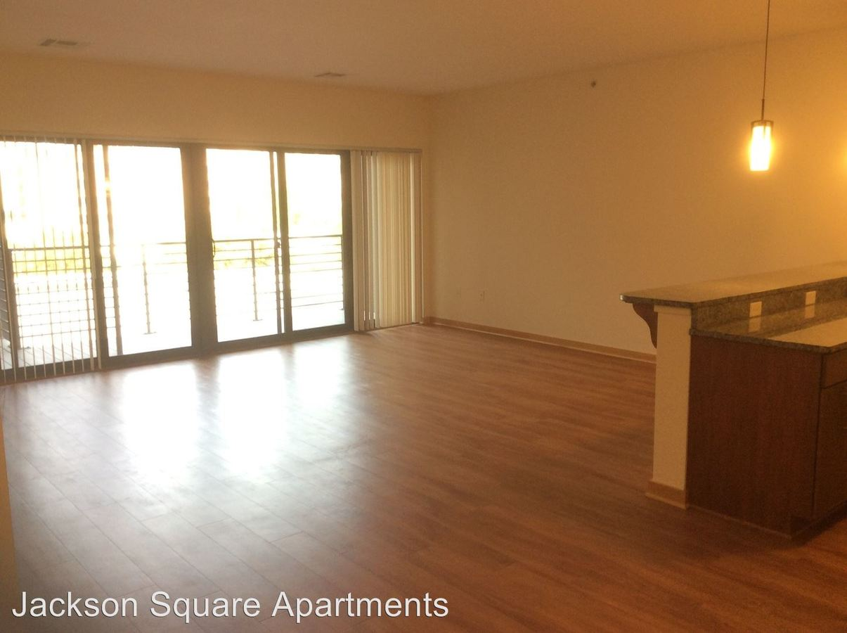 1 Bedroom 1 Bathroom Apartment for rent at Jackson Square in Milwaukee, WI