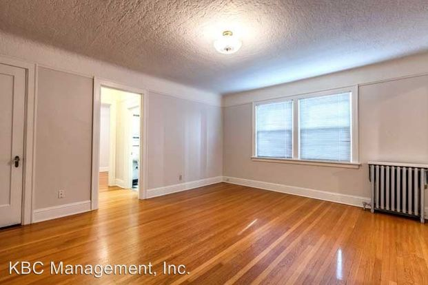 1 Bedroom 1 Bathroom Apartment for rent at 707 Nw 19th Ave in Portland, OR