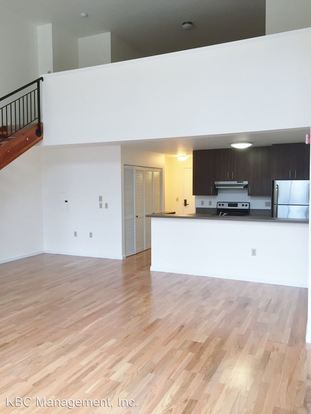 1 Bedroom 1 Bathroom Apartment for rent at 210 Nw 20th Ave in Portland, OR