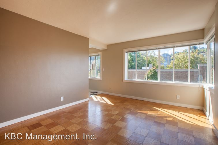 1 Bedroom 1 Bathroom Apartment for rent at 2199 Nw Everett St in Portland, OR