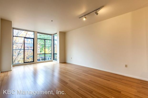 1 Bedroom 1 Bathroom Apartment for rent at 2315 Nw Overton St in Portland, OR