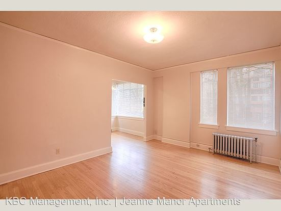 2 Bedrooms 1 Bathroom Apartment for rent at 1431 Sw Park Ave in Portland, OR