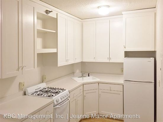Studio 1 Bathroom Apartment for rent at 1431 Sw Park Ave in Portland, OR