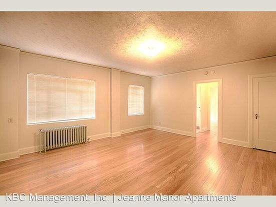 1 Bedroom 1 Bathroom Apartment for rent at 1431 Sw Park Ave in Portland, OR