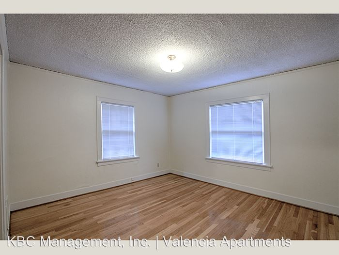 1 Bedroom 1 Bathroom Apartment for rent at 1430 Se 14th Ave in Portland, OR