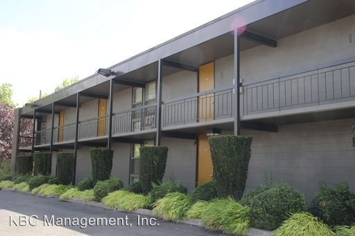 2 Bedrooms 1 Bathroom Apartment for rent at 1905 Nw 29th Ave in Portland, OR