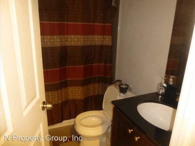 4 Bedrooms 2 Bathrooms Apartment for rent at 2261 N Park Ave in Philadelphia, PA