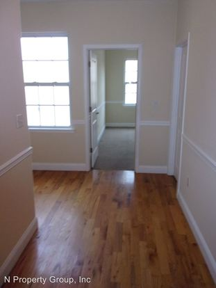 3 Bedrooms 2 Bathrooms Apartment for rent at 1956 N 18th in Philadlephia, PA