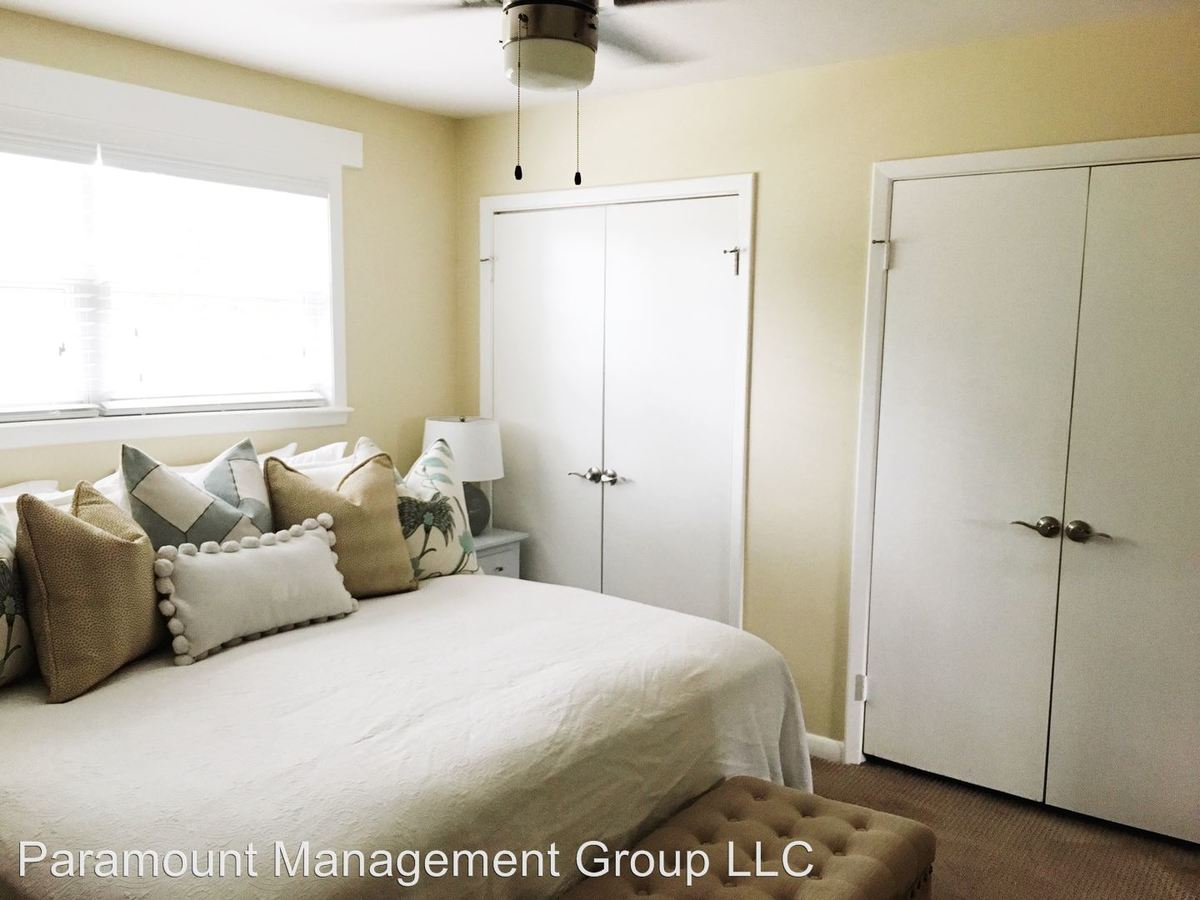 2 Bedrooms 1 Bathroom Apartment for rent at 1325 Mathis Ferry Road in Mount Pleasant, SC