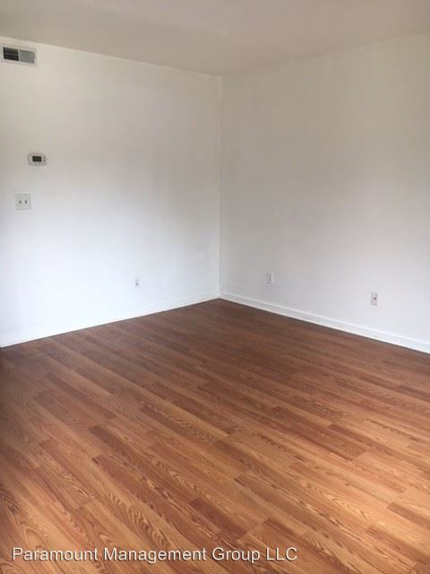 2 Bedrooms 1 Bathroom Apartment for rent at 725 Central Ave in Summerville, SC