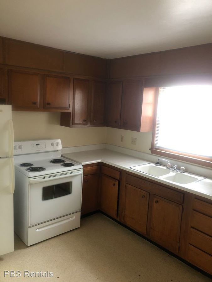 2 Bedrooms 1 Bathroom Apartment for rent at 1720 Boswell in Crete, NE