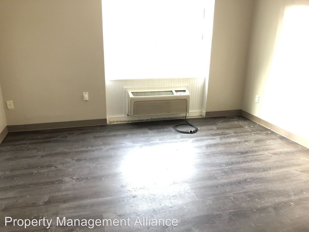 Groovy 525 Oak Street Syracuse Ny Apartment For Rent Download Free Architecture Designs Scobabritishbridgeorg