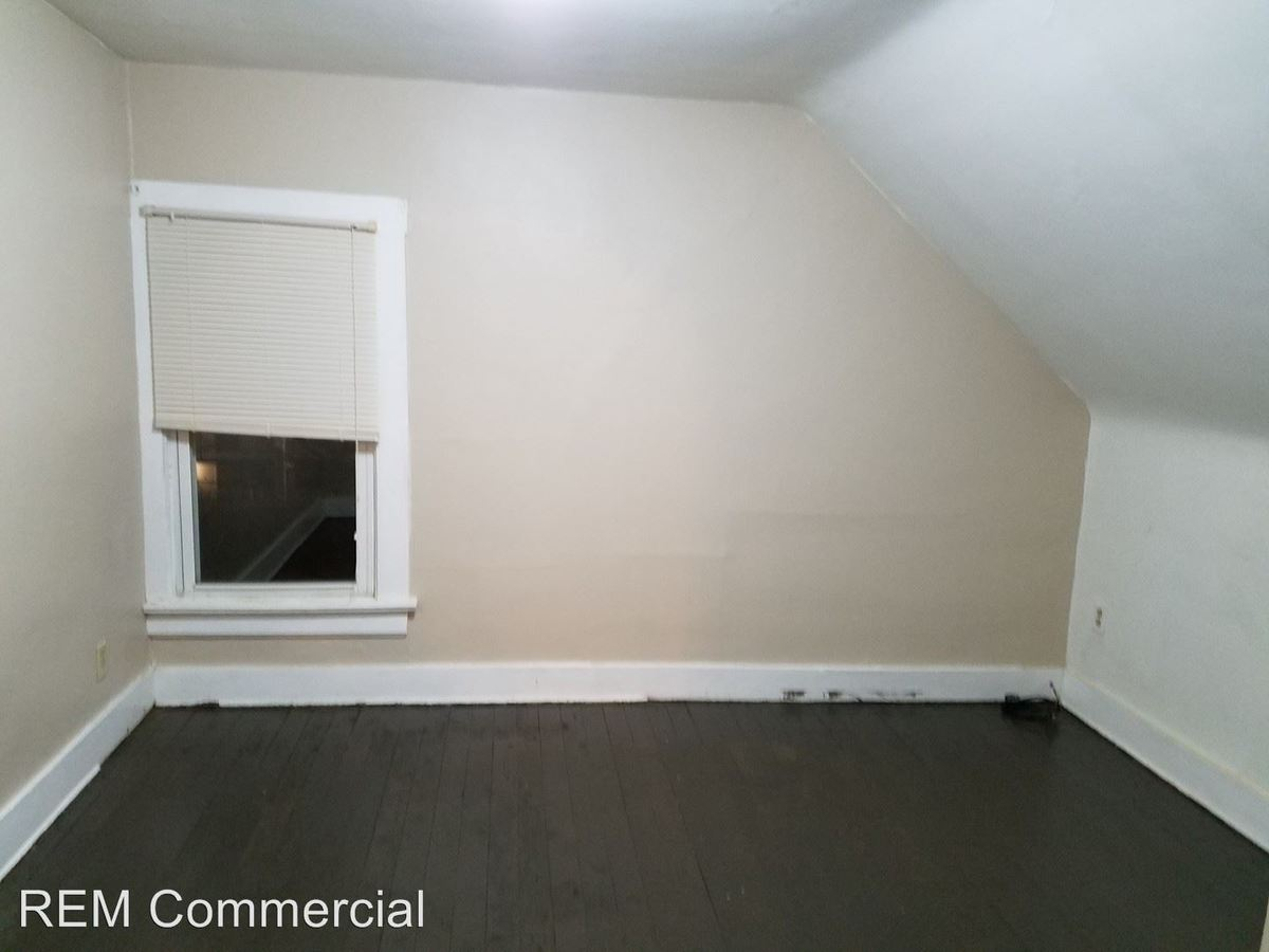 1 Bedroom 1 Bathroom Apartment for rent at 51-57 Cotter in Akron, OH