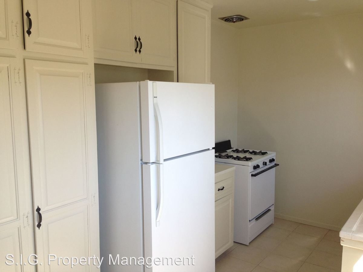 1 Bedroom 1 Bathroom Apartment for rent at 10424-10425 Parr in Sunland, CA