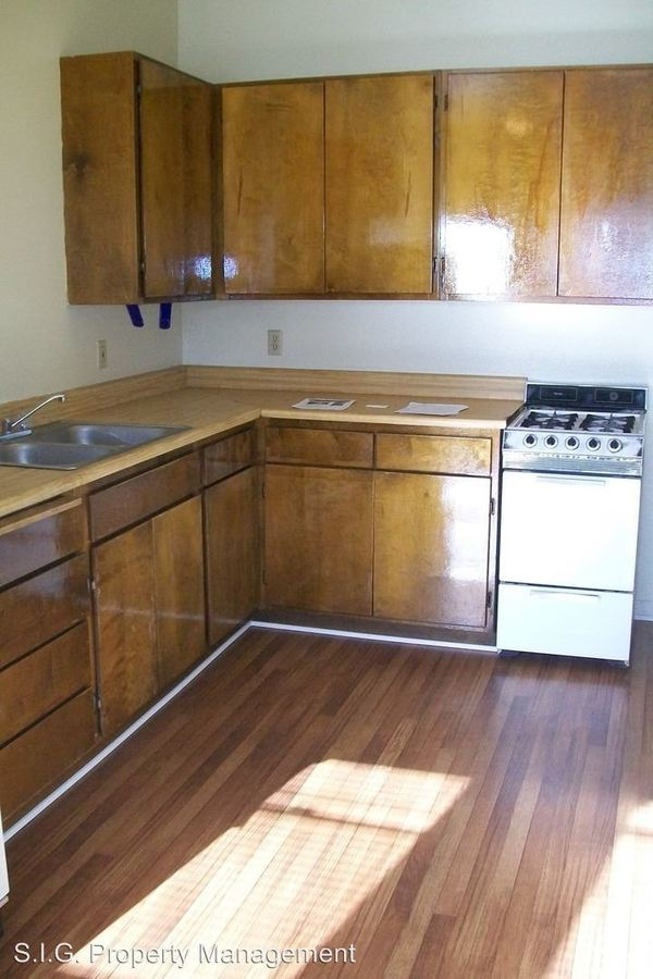1 Bedroom 1 Bathroom Apartment for rent at 461 W. Colorado St. in Glendale, CA