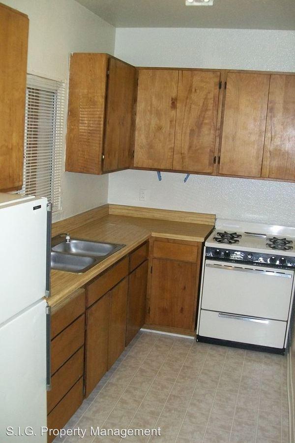 Studio 1 Bathroom Apartment for rent at 461 W. Colorado St. in Glendale, CA