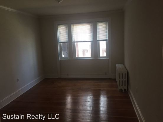3 Bedrooms 1 Bathroom Apartment for rent at 1511 & 1513 Elmwood Avenue in Folcroft, PA