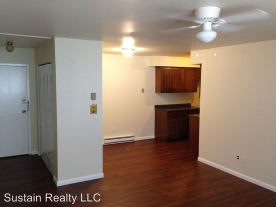 1 Bedroom 1 Bathroom Apartment for rent at 3823 Garrett Road in Drexel Hill, PA