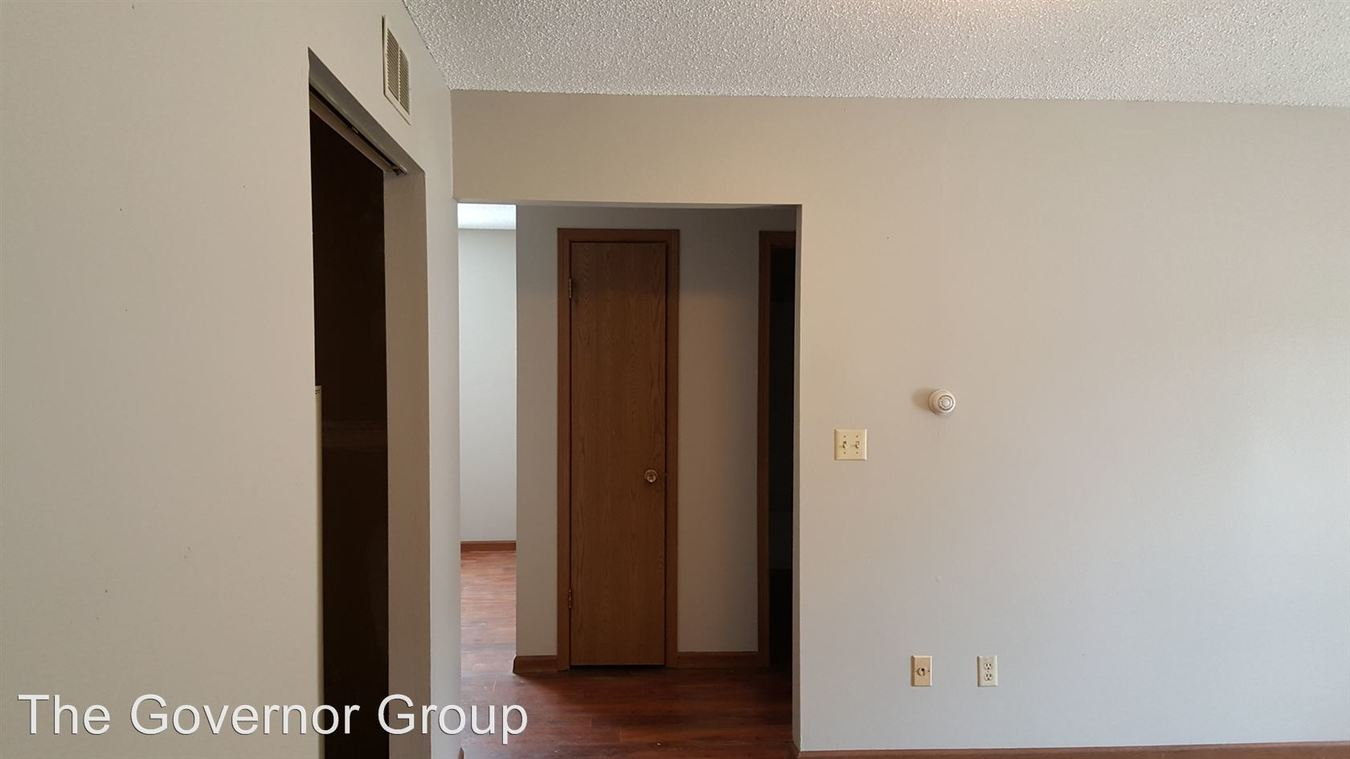 1 Bedroom 1 Bathroom Apartment for rent at 409 6th Ave. in Coralville, IA