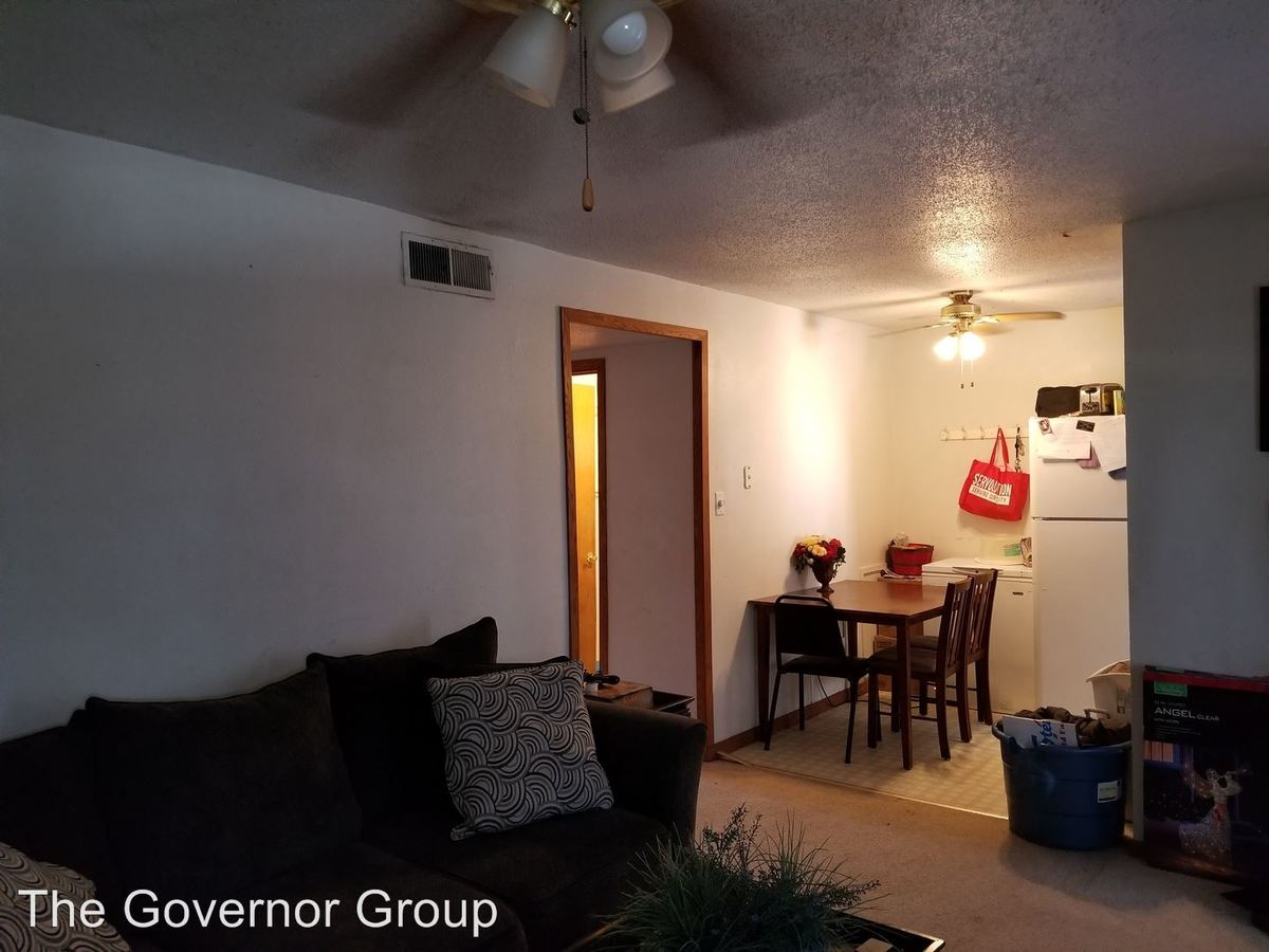 3 Bedrooms 1 Bathroom Apartment for rent at 2551 Holiday Rd. in Coralville, IA