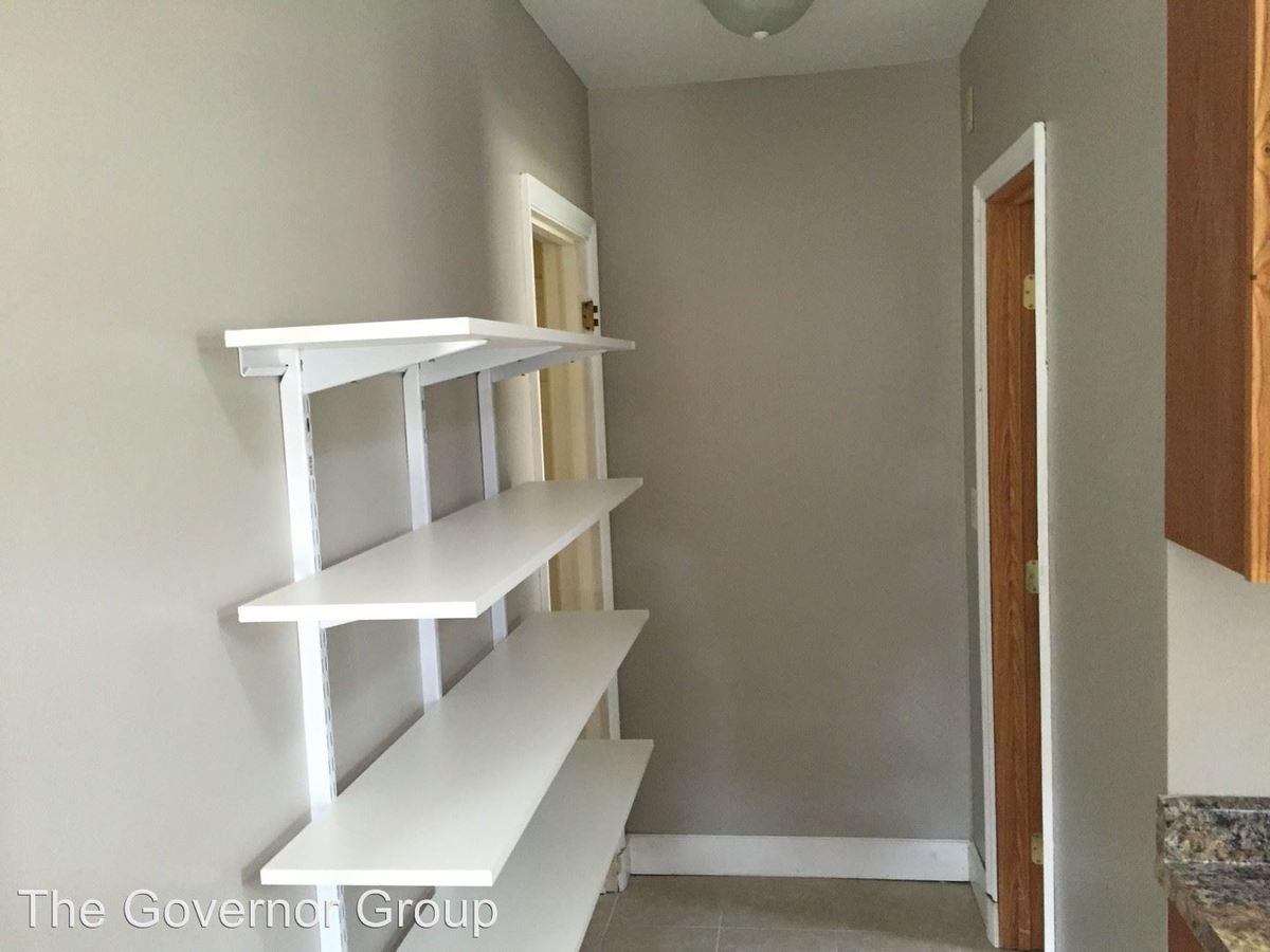 Studio 1 Bathroom Apartment for rent at 340 Ellis Ave in Iowa City, IA