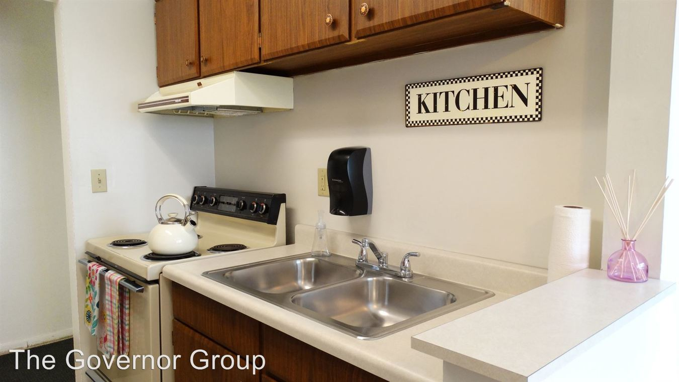 2 Bedrooms 1 Bathroom Apartment for rent at 2046 9th St in Coralville, IA