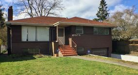 Similar Apartment at 12745 Phinney Ave N