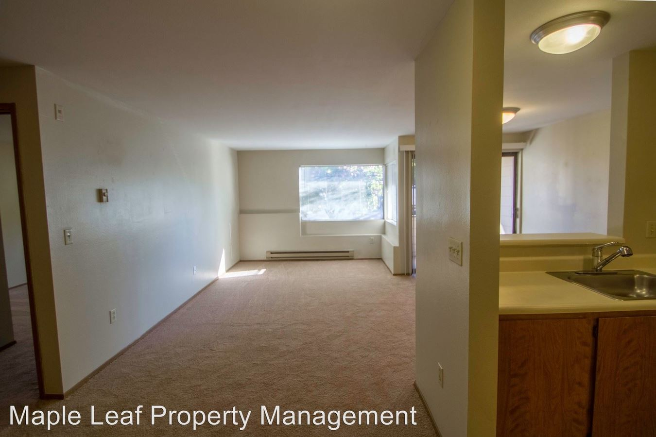 1 Bedroom 1 Bathroom Apartment for rent at 17120 15Th Ave Ne in Shoreline, WA