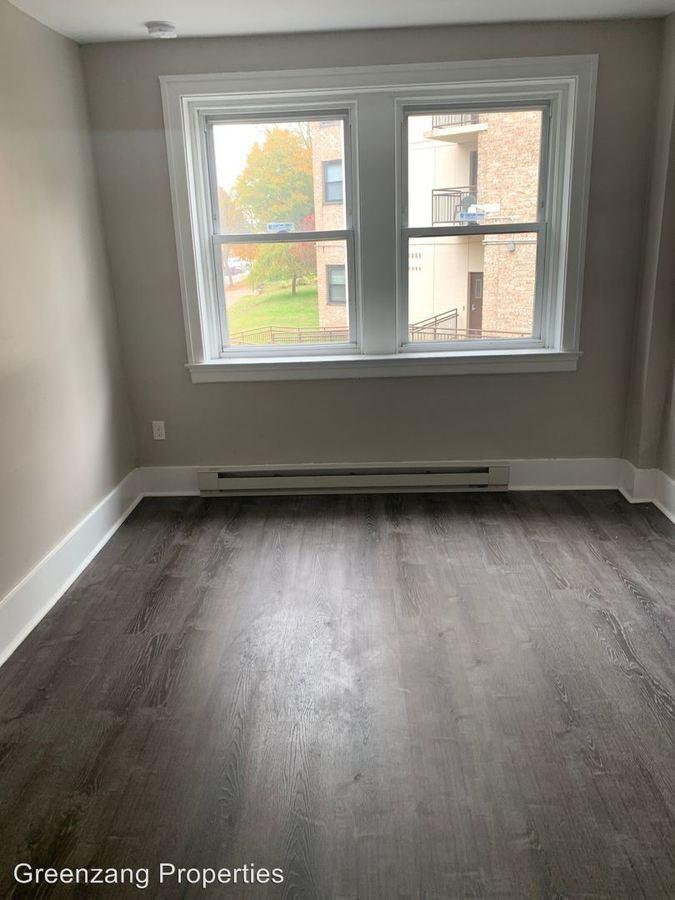 1 Bedroom 1 Bathroom Apartment for rent at 5427 Wayne Avenue in Philadelphia, PA