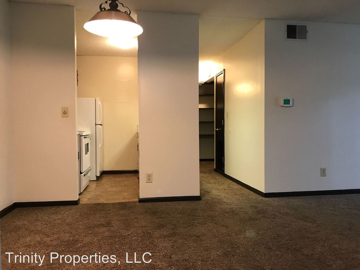 1 Bedroom 1 Bathroom Apartment for rent at 2214 Sw 29th Terr. in Topeka, KS