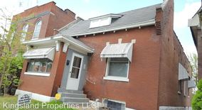 Similar Apartment at 3824 Michigan