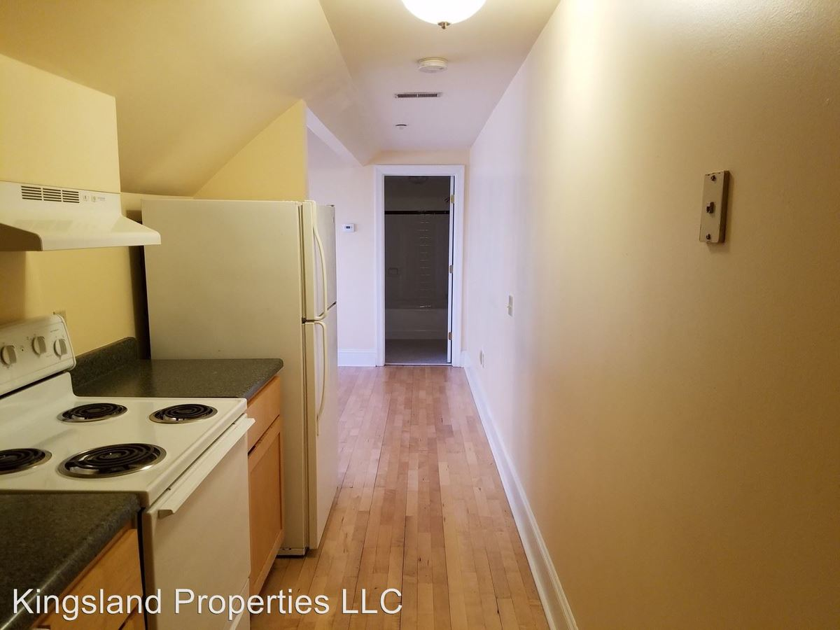 Studio 1 Bathroom Apartment for rent at 3805 Lindell Blvd in St Louis, MO